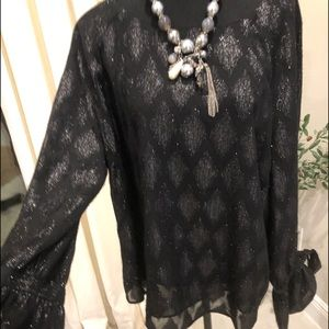 Incredible Halogen party blouse